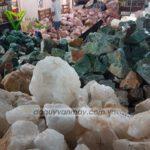 Mua đá thạch anh vụn tự nhiên các màu hợp mệnh giá rẻ ở đâu hà nội