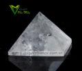 Kim tự tháp thạch anh trắng pha lê