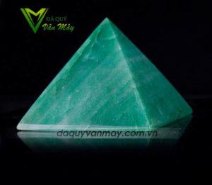 Đá thạch anh xanh,Kim tự tháp thạch anh xanh